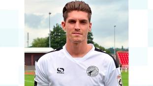 Gateshead midfielder joins Grimsby Town