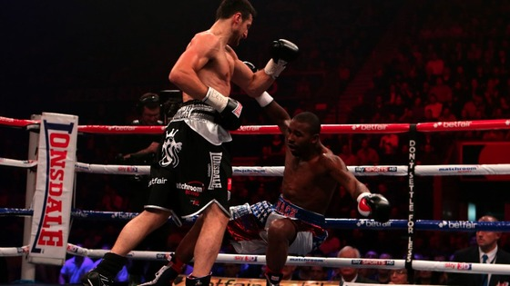 Froch knocks out Mack in the third round at the Nottingham Arena