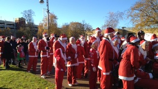 Santa fun runners