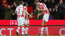 Peter Crouch joins 100 goals club