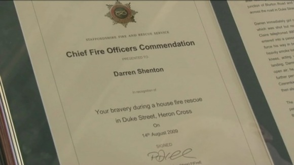 Darren was awarded for his bravery for saving people from a house fire