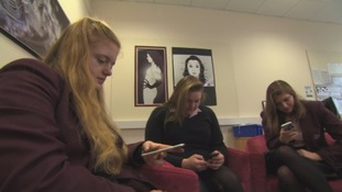 Pupils ditch social media after mental health 'epidemic'