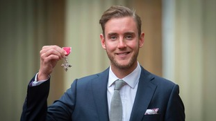 Cricketer Stuart Broad collects MBE and praises 'fantastic' Alastair Cook