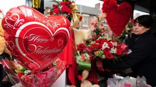 Valentine's Day: British lovers 'will spend half as much as other Europeans'