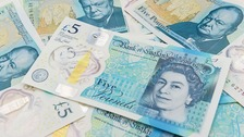 The £5 plastic bank notes.