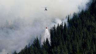 Hundreds evacuated as New Zealand wildfires rage