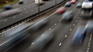 M1 southbound lane closure