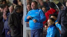 Pie-eating goalie Wayne Shaw resigns from Sutton United