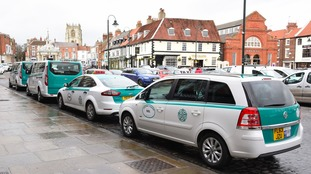 East Riding taxis to be marked with distinctive livery