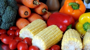 10 portions of fruit and veg a day 'cut risk of cancer and heart disease'