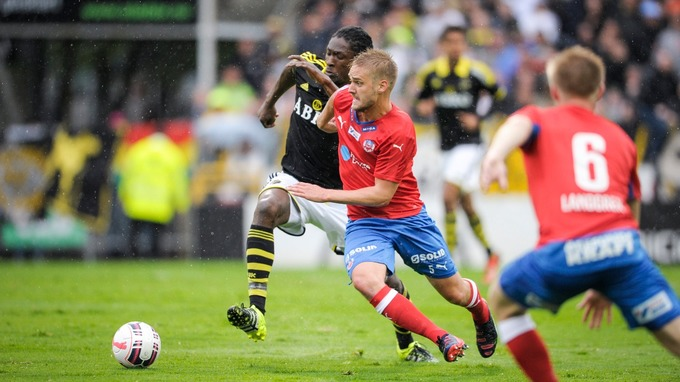 Dickson Etuhu played alongside Isak at AIK.