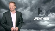 Simon has the ITV Meridian weekend weather forecast