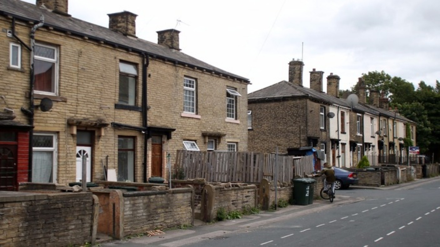 bradford one of cheapest cities to buy a house in uk calendar itv news. Black Bedroom Furniture Sets. Home Design Ideas