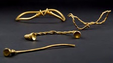 Amateur detectors find 'oldest' Iron Age gold hoard