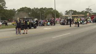 'Multiple injuries' reported after car ploughs into Mardi Gras parade