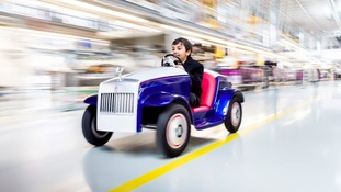 Vroom vroom - Child patients to drive Rolls Royce to surgery