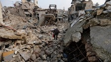 War crimes committed in battle for Aleppo, UN report says