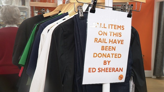 ed sheeran 39 s cast off clothes net 1 000 for hospice charity anglia itv news. Black Bedroom Furniture Sets. Home Design Ideas
