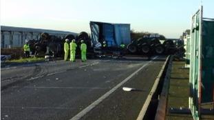 Man dies after six car pile-up