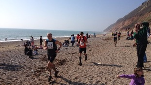 2,000 compete in 30th Jurassic Coast 'Grizzly'