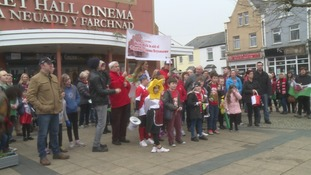 Community holds march to raise money to re-open Market Hall Cinema in Brynmawr