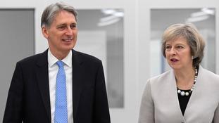 Hammond scraps National Insurance rise