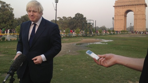Boris Johnson at India gate