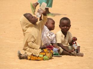 Children in Nigerian refugee camp