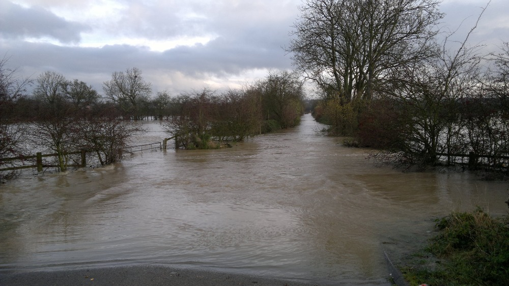 London Travel Advice >> Image of Leicestershire village floods   Central - ITV News