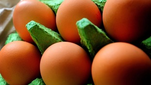 "Eggs lose ""free range"" label"