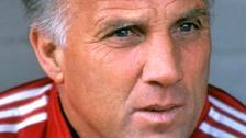 Former Liverpool captain Ronnie Moran dies