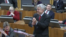 First Minister Carwyn Jones giving fashion tips