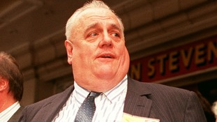 Cyril Smith pictured in Blackpool in 1990