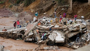 Colombia landslide: Desperate search for survivors