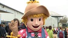 Giant scarecrow