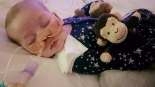 Parents try to keep baby alive against wishes of doctors