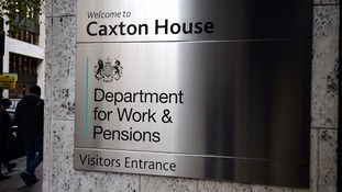 DWP 'rewarding failure' with benefit assessors payouts