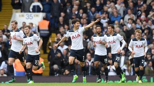 Tottenham rout Bournemouth to cut Chelsea's lead