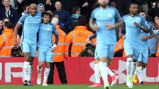 Kompany shines as Man City dismiss Southampton