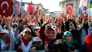 Turkey votes on plans to hand sweeping new powers to President