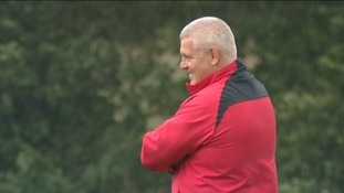 "Gatland: Referees must ""give us a chance"""