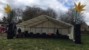 Sun's out for Mells Daffodil Festival