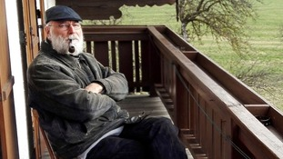 Bearded pipe smoker wins job of Austrian town hermit  after more than 50 people apply