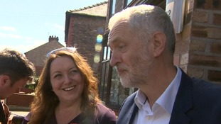 Jeremy Corbyn urges Labour activists to 'go for it' in Tory marginal seat