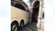 Tight squeeze for the coach driver who gets stuck in St Ives!