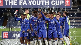 Chelsea hammer Man City to lift FA Youth Cup