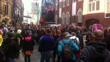 Hundreds march through Cardiff supporting music venues