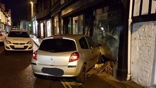 Driver crashes into building in Lincolnshire