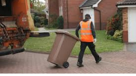 Garden waste collection in North Kesteven