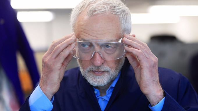 Jeremy Corbyn tries on some science glasses was at Leeds City College.